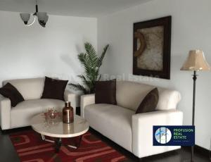 Apartamento amueblado Attica II